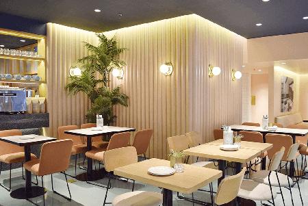 Sunnies Cafe - Interior of SM Megamall Location